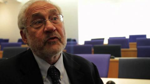 Embedded thumbnail for Joseph Stiglitz: Policy Meets Strategy in EMBA Globalization Course